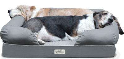 9. Pet Fusion Dog Lounge & Bed