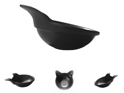 9. 2 Ceramic Hand Crafted Bowls for Pet by ViviPet