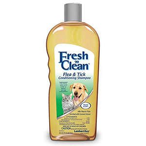 10. Fresh'n Clean Flea and Tick Shampoo