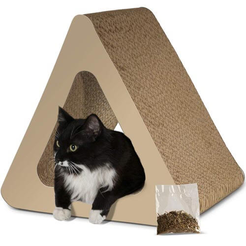 Pawls and pals three-sided vertical scratcher
